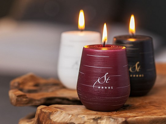 Augustian Candles